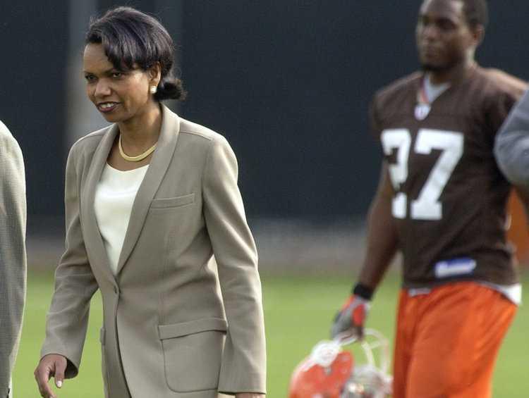 Update: Condoleezza Rice Will Not Coach The Browns