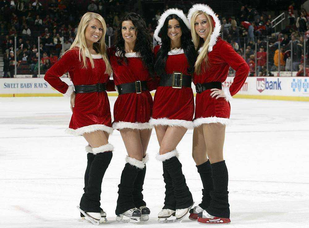 Hockey On Christmas?!