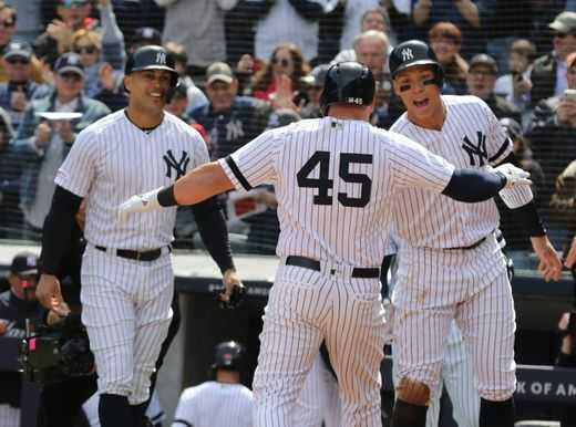 Can the New York Yankees overcome early adversity?