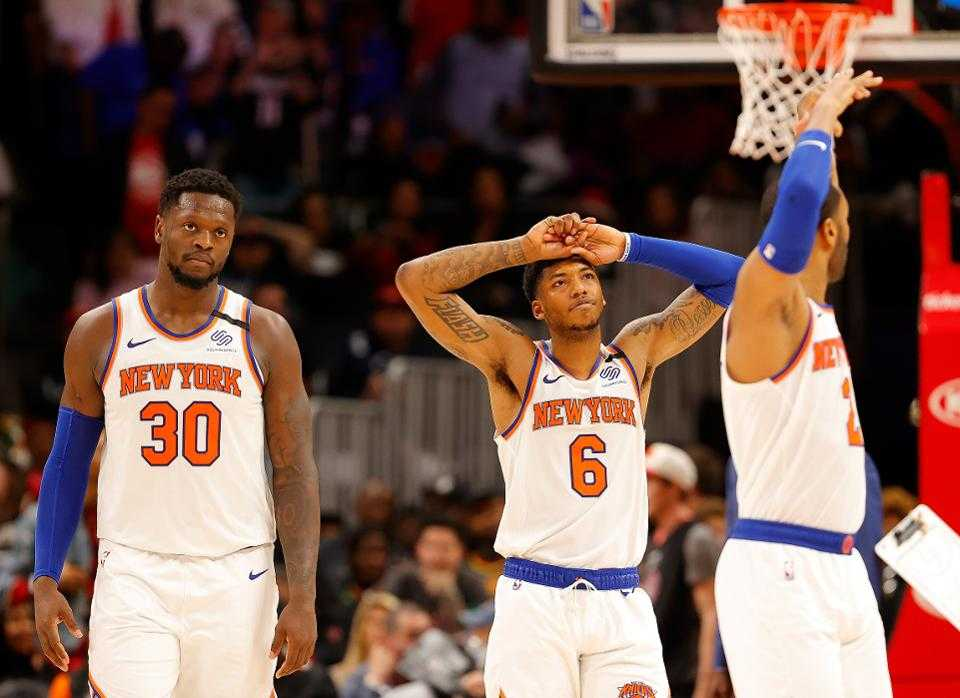 What's Wrong With the New York Knicks?