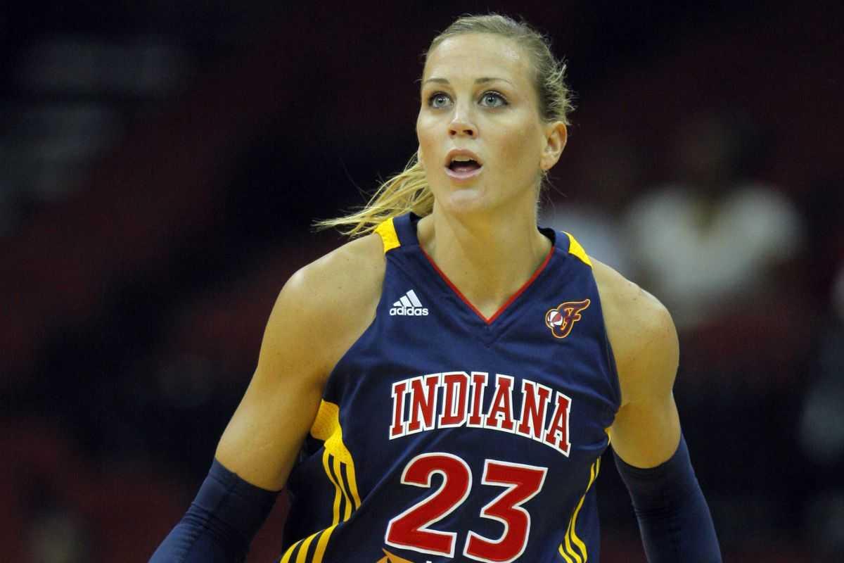WNBA Throwback Thursday: Katie Douglas