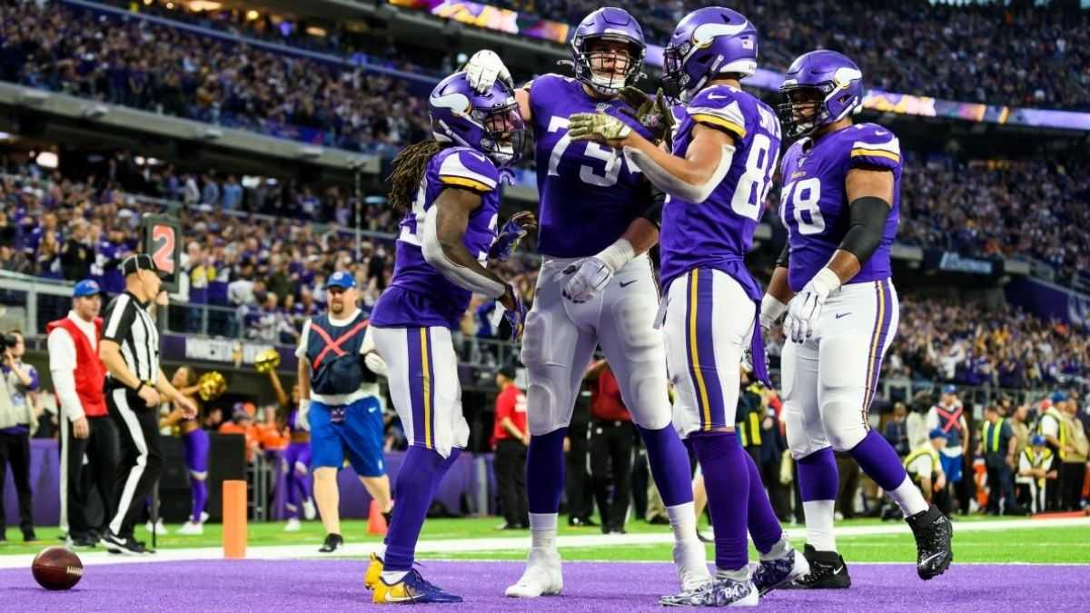 Coach Mike Zimmer Putting the Pieces Together