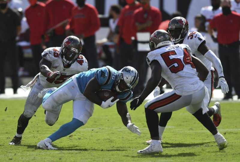 Mike Davis rushing against the Panthers