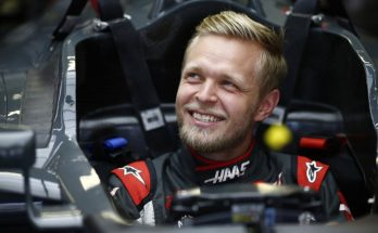 Kevin Magnussen in the cockpit of his F1 car.