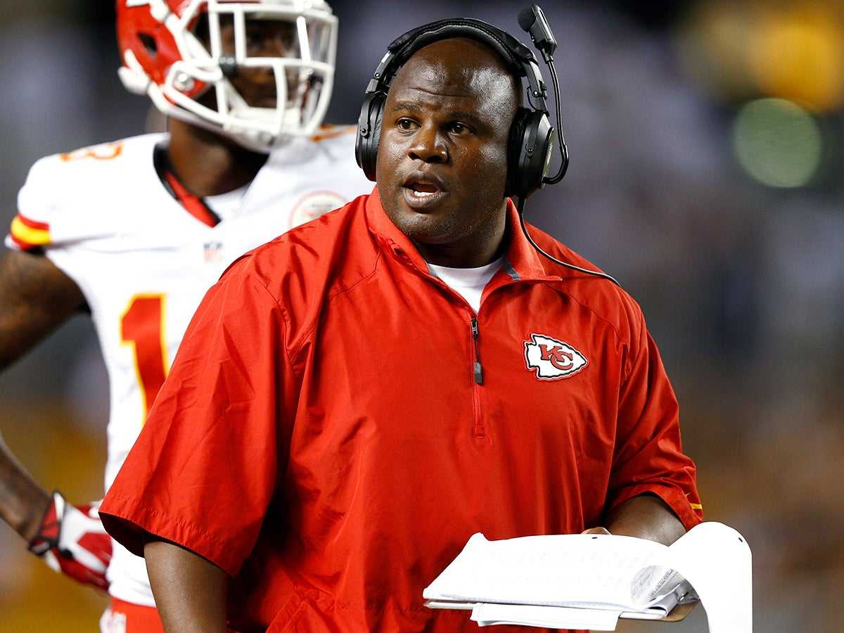 Eric Bieniemy Proves the NFL Is Letting Minority Candidates Down