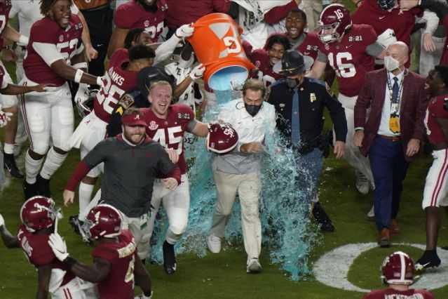 Alabama celebrating the National Championship