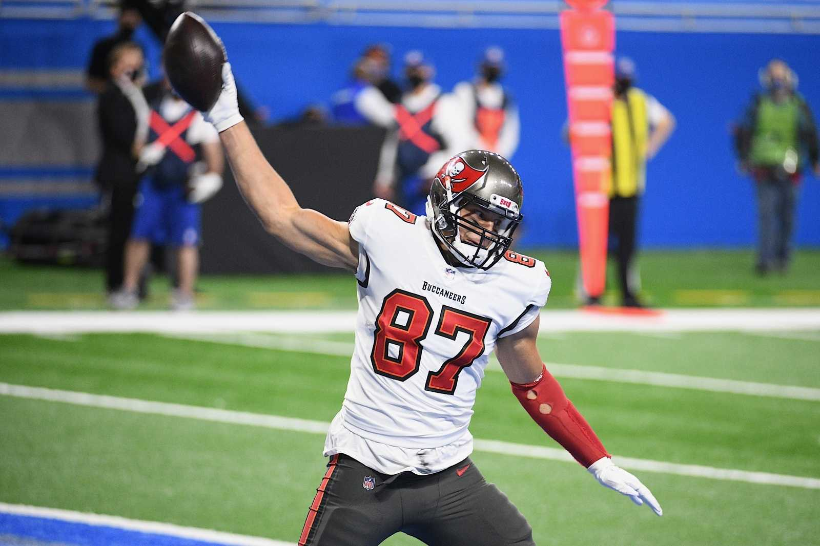 Could Tampa Bay start poaching more Patriots players?
