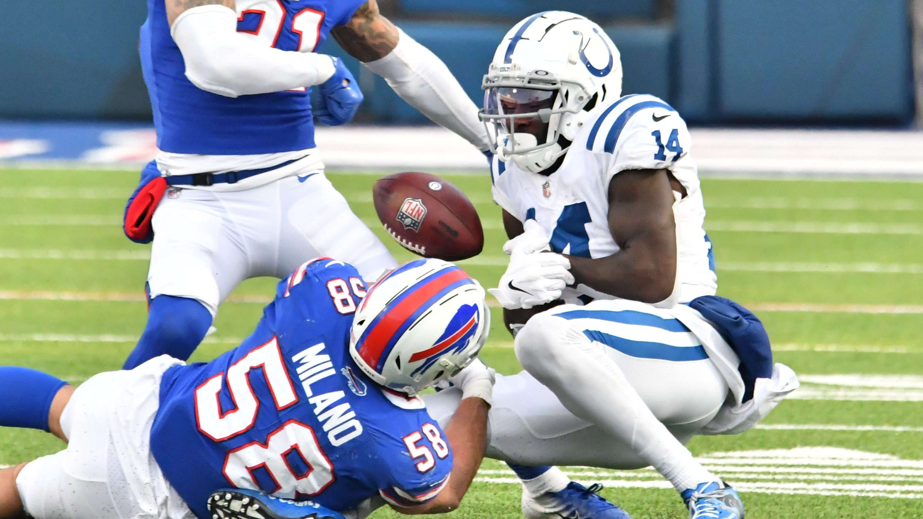 Bills got screwed on the no-fumble call on this play