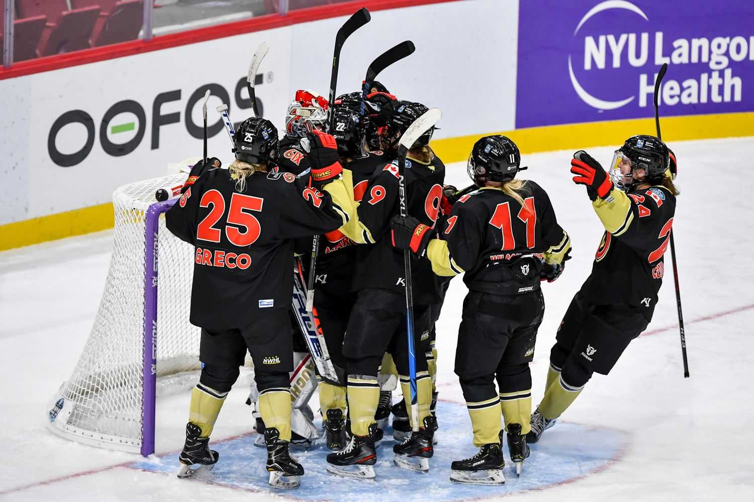 The Toronto Six were one of four teams left in the NWHL: 2021 Isobel Cup