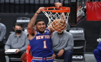 Obi Toppin throws it down for the New York Knicks