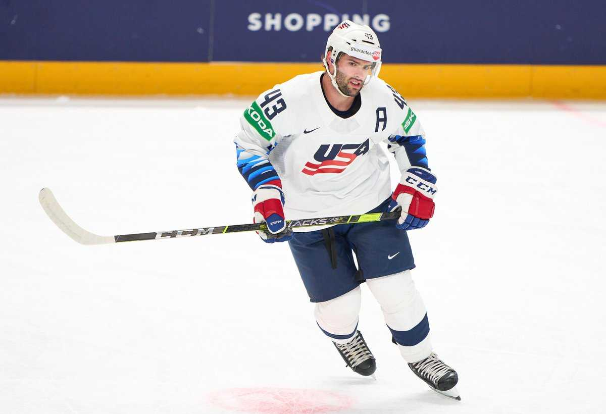 USA Hockey Holds On For 2-1 Win Over Norway