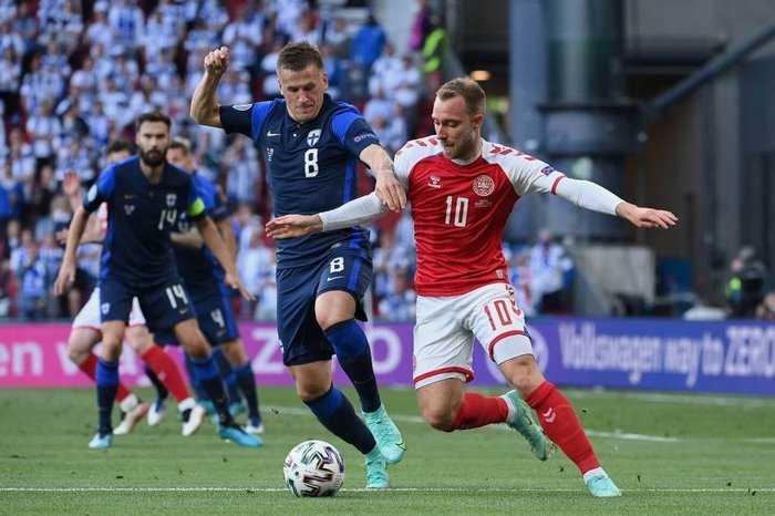 Christian Eriksen playing against Finland in Euro 2020.