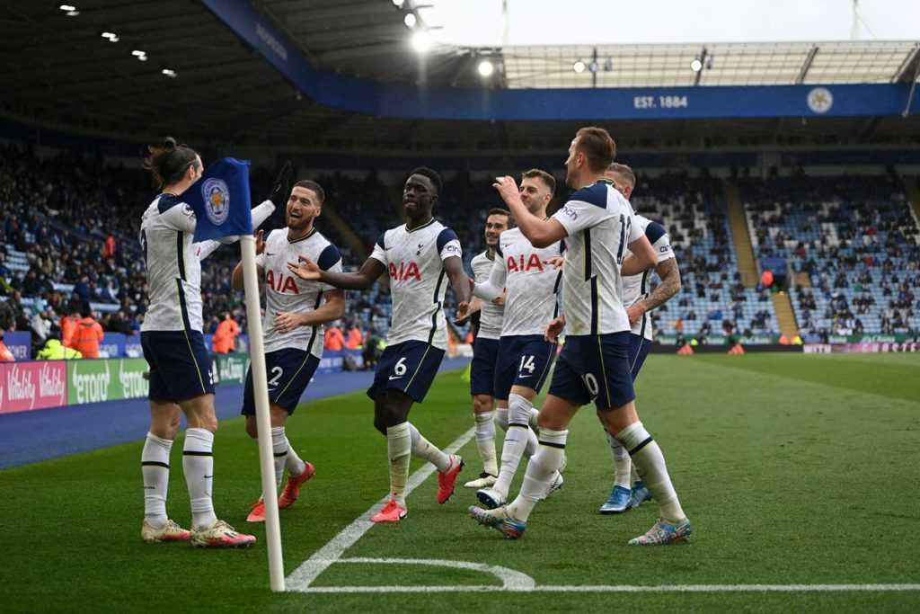 Tottenham players celebrate a goal.