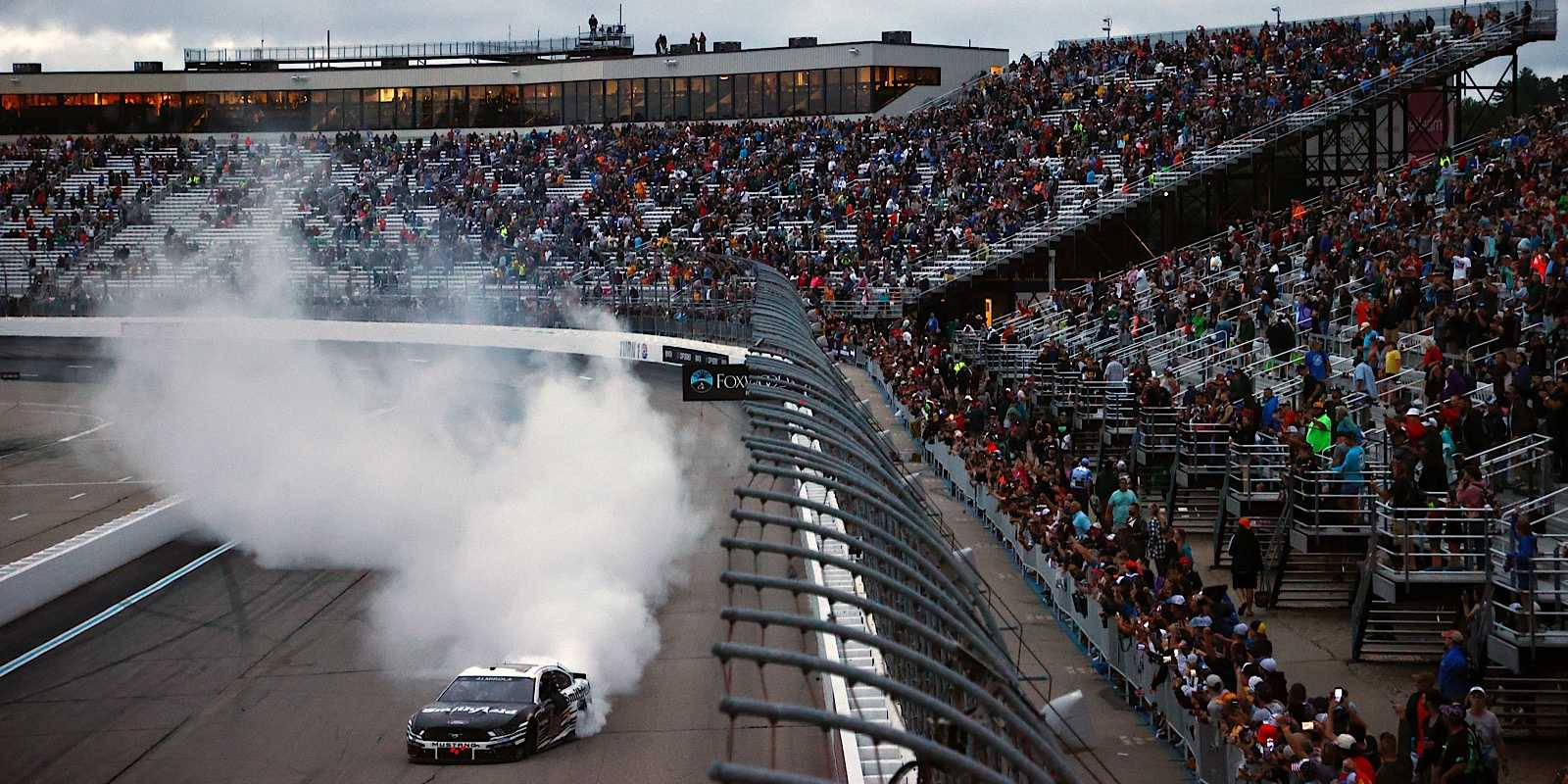 NASCAR at NHMS Recap: Almirola Wins and Shakes Up Standings