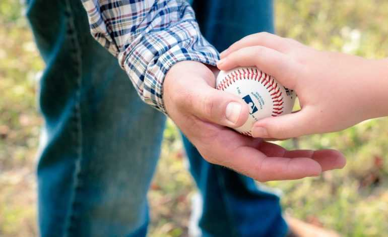 Five Tips for Buying Baseball Gear on a Budget